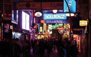 St. Pauli entdecken mit Hamburg Translate ✓ Die Reeperbahn ✓ Die schönste Stadt der WELT ✓ Unser Tip ✓ Dein Übersetzungsbüro aus Hamburg